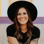 How to Get Attention Online with Lauren Schwartz of The Loft 325
